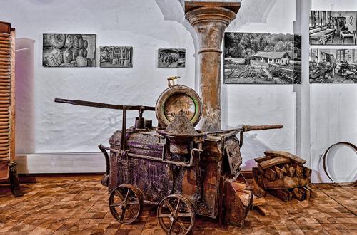 Historischer Bier Braukessel